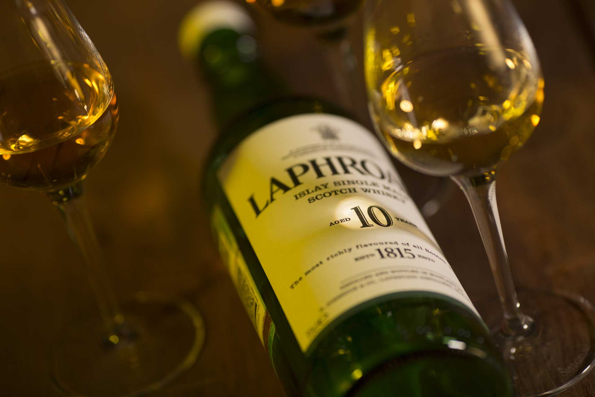 Wine-Laphroaig-AdobeStock_83420732